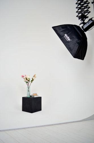 Циклорама в Фотостудія EMOTSII (Емоції) м. Київ для предметної зйомки